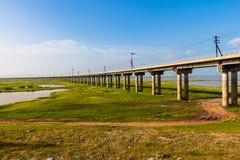 Un ponte del treno fotografia stock libera da diritti