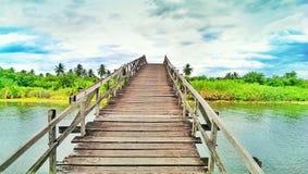 Un ponte di legno Fotografie Stock