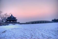 un ponticello dei 17 archi nel tramonto Fotografia Stock Libera da Diritti