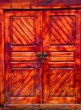 Un portello di legno cinese locked fotografia stock