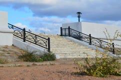 Un portico in autunno immagine stock libera da diritti