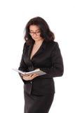 Un portrait des femmes dans la suite noire sur le fond blanc Dame d'affaires, professeur, entrepreneur Photographie stock