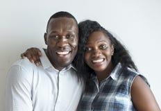 Un portrait noir gai de couples Images libres de droits