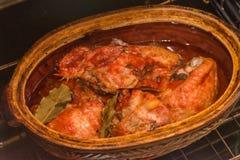 Un poulet, viande de rôti, cuisinier en four photo stock