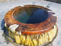 Un pozzo della sorgente di acqua calda Fotografia Stock Libera da Diritti