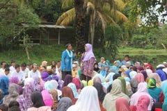 Un prédicateur fournissent des conférences images libres de droits