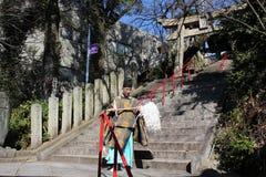 Un prêtre Translation de Shinto : images libres de droits