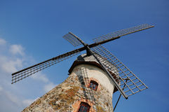 Un primer de un molino de viento Fotos de archivo libres de regalías