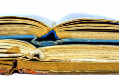 Un primo piano di tre vecchi libri Fotografia Stock Libera da Diritti