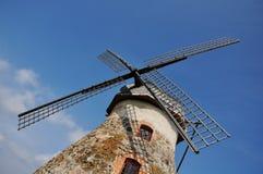 Un primo piano di un mulino a vento Fotografie Stock Libere da Diritti