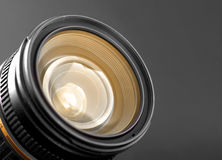 Un primo piano di un obiettivo di zoom della macchina fotografica Immagini Stock
