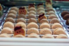 Un primo piano di una forma rotonda del biscotto dolce, Immagine Stock
