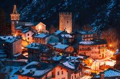 Un pueblo viejo agradable en montaña Imagen de archivo