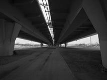 Un puente concreto para los coches Fotografía de archivo libre de regalías