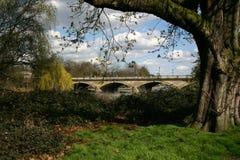 Un puente en Londres Imagen de archivo libre de regalías