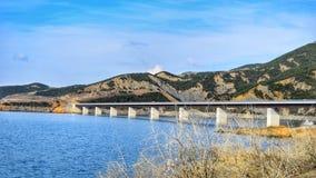 Un puente largo imagenes de archivo