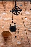 Un puits antique photographie stock