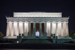 Un punto di vista di notte di Lincoln Memorial Immagine Stock