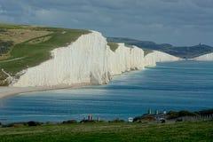 Un punto di vista di sette sorelle segna le scogliere col gesso, Sussex Regno Unito fotografie stock libere da diritti