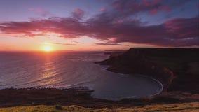Un punto hermoso de la fotografía en la costa oeste del sur de Inglaterra, en la costa jurásica fotografía de archivo