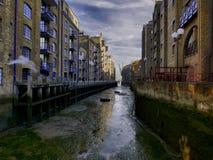 Un quai de Londres Images libres de droits