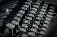 Un rétro plan rapproché de machine à écrire - machine à écrire royale d'un dernier cntury photo libre de droits