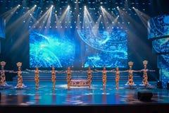 Un rêve de la gymnastique fleur-acrobatie-acrobatique verte Photos stock