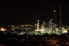 Un raffinerie de pétrole Photographie stock