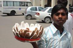 Un ragazzo indiano povero Immagini Stock