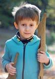Un ragazzo in natura Fotografia Stock Libera da Diritti