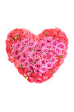 Un ramo grande de flores bajo la forma de corazón Fotos de archivo