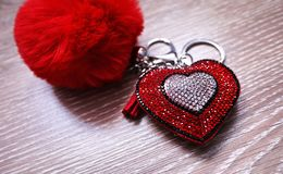 Un recuerdo, un regalo del d?a de tarjeta del d?a de San Valent?n Embalaje colorido y un regalo precioso detalles fotografía de archivo libre de regalías