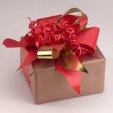 Un regalo Fotos de archivo libres de regalías