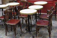Un restaurante parisiense Fotografía de archivo libre de regalías