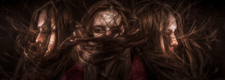 Un retrato blando de una muchacha soñadora con los ojos se cerró, SK perfecta Foto de archivo