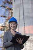 Un retrato de un ingeniero de construcción Fotografía de archivo libre de regalías