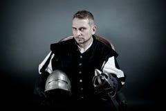 Un retrato de un soldado medieval Imágenes de archivo libres de regalías
