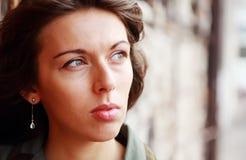 Un ritratto di 25 anni della ragazza fotografie stock libere da diritti