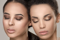 Un ritratto di bellezza di due ragazze afroamericane Immagine Stock