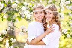 Un ritratto di due ragazze Immagini Stock Libere da Diritti