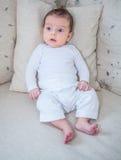 Un ritratto di 2 mesi del neonato Immagine Stock