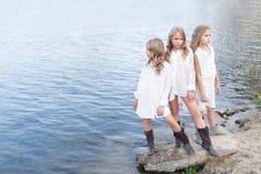 Un ritratto di tre amiche Immagini Stock
