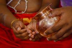 Un rituel dans Upanayan sanskar - 2 Photos libres de droits