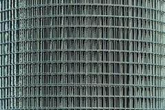 Un rollo de la malla de acero fotografía de archivo libre de regalías