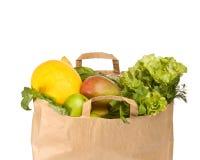 Un sacchetto di drogheria in pieno della frutta sana Fotografie Stock Libere da Diritti