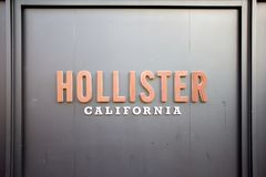Un segno per Hollister fotografia stock libera da diritti