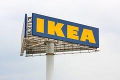Un segno three-cornered di ikea Fotografia Stock Libera da Diritti