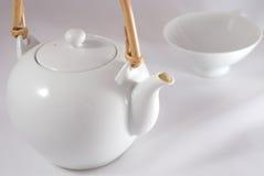 Un service de thé japonais blanc Image libre de droits