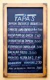 Un signe de menu de Tapas Photos stock