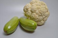 Un sistema de verduras - col, calabacín, berenjena Foto de archivo libre de regalías